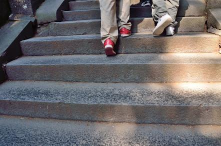 奥宮 階段 一枚石
