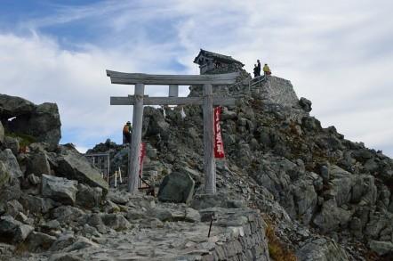 雄山神社 峰本社