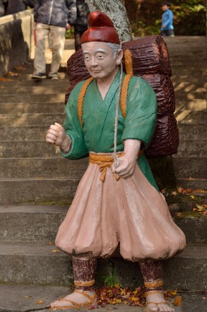 桃太郎神社 おじいさん