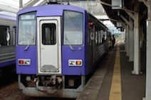 JR亀山駅 ディーゼル車