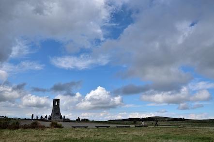 美ヶ原高原 ハイキング道 美しの塔