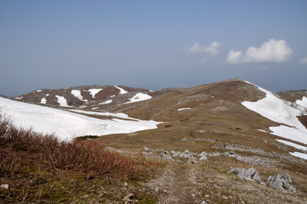 経塚山 山頂