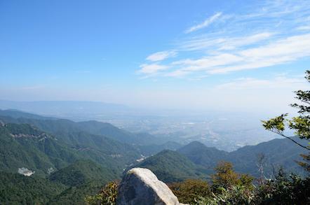 鎌ヶ岳 山頂 四日市方面