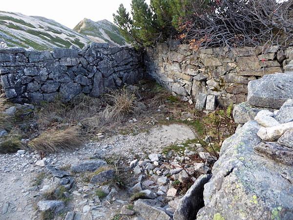 旧ニノ股小屋跡